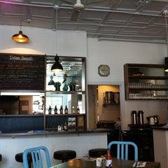 Photo taken at Bite Café by Linda A. on 6/8/2011