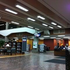 Photo taken at Ekstrom Library by NgocUyen N. on 12/1/2011