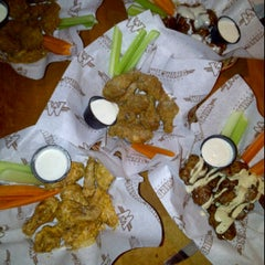 Photo taken at Wild Wing by Dahpne on 12/1/2011