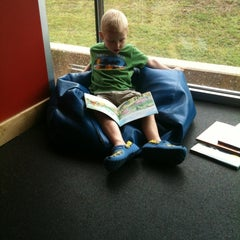 Photo taken at Dallas Public Library - Audelia Road Branch by Mark H. on 5/12/2012