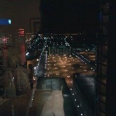Photo taken at Detroit Marriott at the Renaissance Center by Eugênio Augusto B. on 1/8/2012