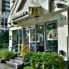 Photo taken at McDonald's by Stephen C. on 10/14/2011