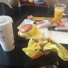 Photo taken at McDonald's - ماكدونالدز by A7mdoka on 8/25/2012