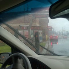 Photo taken at Wendy's by April P. on 1/11/2012