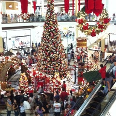 Photo taken at Shopping Campo Grande by Thiago C. on 11/18/2011