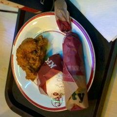 Photo taken at KFC / KFC Coffee by ELine C. on 1/19/2012