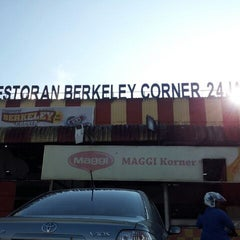 Photo taken at Berkeley Corner by Zhi Min C. on 4/9/2012