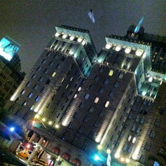 Photo taken at The Westin St. Francis San Francisco on Union Square by Rey on 5/16/2012