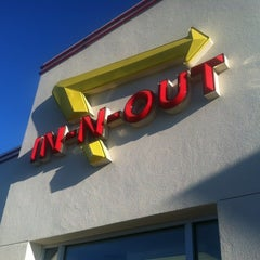 Photo taken at In-N-Out Burger by Ira S. on 8/6/2012