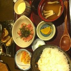 Photo taken at Doraya 定食 by tamiko c. on 10/21/2011