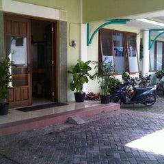 Photo taken at Kantor Dinas Pendidikan Kota Batu by Fajar P. on 4/4/2012