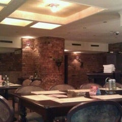 Photo taken at Abbocato Ristorante Pizzéria by Tomi F. on 10/7/2011