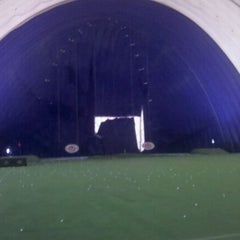 Photo taken at Braemar Golf Dome by Roger H. on 1/29/2011