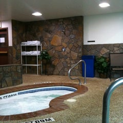 Photo taken at Holiday Inn Express & Suites Hill City-Mt. Rushmore Area by Twin Town G. on 10/22/2011