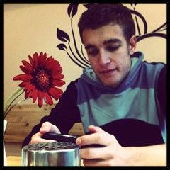 Photo taken at Toros Pizza by Falko B. on 11/10/2011