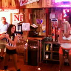 Photo taken at Hooters by Eric H. on 9/13/2011