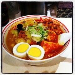 Photo taken at 蒙古タンメン中本 渋谷店 by sanpachi38 on 10/28/2011