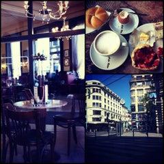 Photo taken at Café Ritter by Hovhannes G. on 5/20/2012