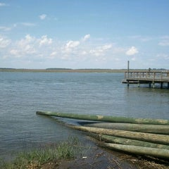 Photo taken at Talahi Island Dock Club by Neil on 5/11/2012