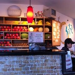 Photo taken at Osaka Sushi Express & Fresh Fruit Drinks by Noah P. on 3/30/2011