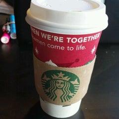 Photo taken at Starbucks by Albert H. on 11/27/2011