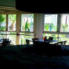 Photo taken at Bahama Breeze by Derek W. on 9/29/2011