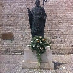 Photo taken at Basilica di San Nicola by Yana Y. on 7/25/2012