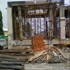 Photo taken at Proyek Pembangunan Masjid Agung Kota Sukabumi by heri e. on 8/27/2012