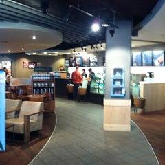 Das Foto wurde bei Starbucks von Christian P. am 4/7/2012 aufgenommen