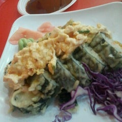 Photo taken at Origami Sushi by José Gregorio A. on 8/17/2012