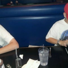 Photo taken at Lester's Sports Bar & Grill by Kimberly C. on 5/30/2012