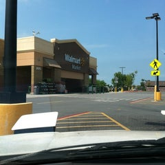 Photo taken at Walmart Neighborhood Market by Frank M. on 5/7/2012