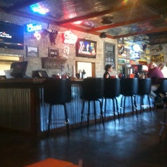 Photo taken at Horn's Burger Saloon by Micheline H. on 10/4/2011