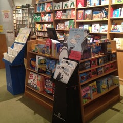 Photo taken at Books of Wonder by Joy Paper P. on 5/30/2012