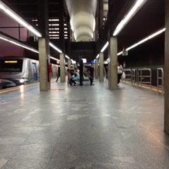 Photo taken at Estação Ana Rosa (Metrô) by Luana M. on 5/24/2012