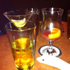 Photo taken at Buffalo Wild Wings by Barbara M. on 10/14/2011
