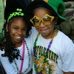 Photo taken at Ocean View St. Patrick's Day Parade by E_bee💋 on 3/17/2012