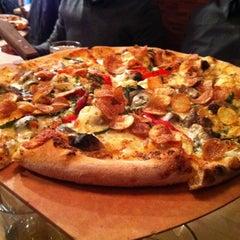 Photo taken at Matchbox Vintage Pizza Bistro by NOM NOM Boris on 2/22/2011