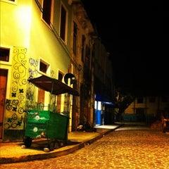 Photo taken at Rua da Moeda by Adauto C. on 11/25/2011