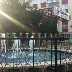 Photo taken at Güngören Belediyesi by Esat Olgun Buharalıoğlu on 9/7/2012