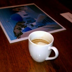 Photo taken at Hob Nobs Cafe & Spirits by Kevin P. on 1/21/2012