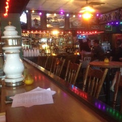 Photo taken at Union Jack's at the Manatawny Inn by John H. on 5/4/2012