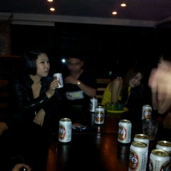 Photo taken at Dracula, Jazz & Fine Dining by Narong W. on 1/18/2012