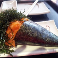 Photo taken at GRAB Sushi Spot by Guto B. on 7/14/2012