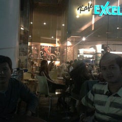 Photo taken at EXCELSO Café by Damar P. on 8/31/2011