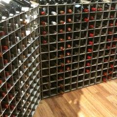 Photo taken at Stew Leonard's Wines by Chabeli B. on 12/16/2011