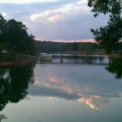 Photo taken at Lake Shore Inn by Sean K. on 9/21/2011