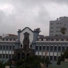 Photo taken at Universidad de La Laguna. Campus Central by Ramón H. on 6/22/2012
