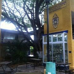 Photo taken at Facultad de Contaduría y Administración UADY by Gilberto V. on 8/7/2012
