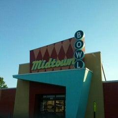 Photo taken at Midtown Bowl by Monique B. on 4/6/2012